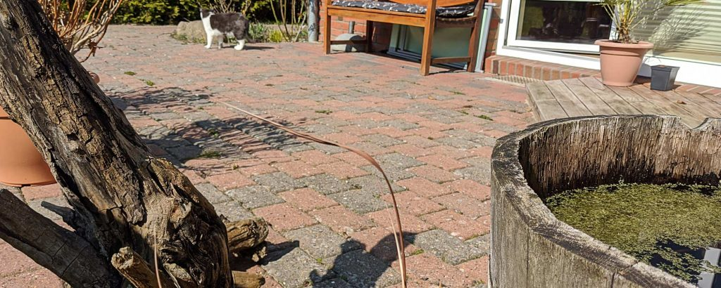 Klassische Terrasse aus Pflastersteinen - viele Vorteile, solide Wahl