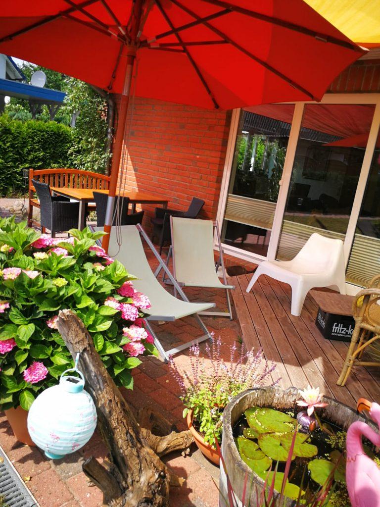 kleine aber gemütliche steinterrasse - Terrassenbau Kiel